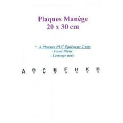 LETTRES DE MANEGE  (x8)  SUR PLASTIQUE DUR 20 X 30 cm
