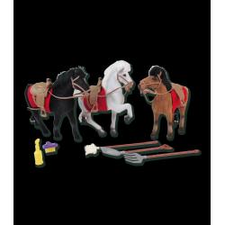 Figurines chevaux à l'écurie x 3 Waldhausen