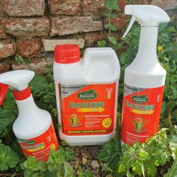 Emouchine Total innovation Spray anti-mouche cheval - Ravene